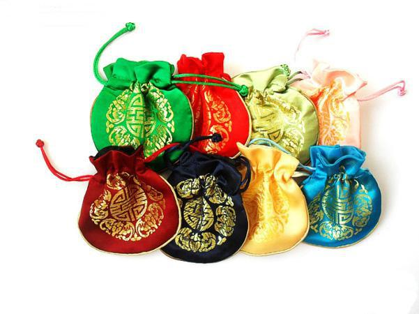 Luxury Joyous Small Wedding Party Gift Väskor Drawstring High Quality Chinese Style Silk Brocade Favor Candy Pouch för gäster Partihandel 50st