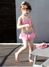 Bikinis Rose Clair Pas Cher-Gros-Livraison gratuite Livraison rapide Light Pink Bow Leopard Bikini Girl Kid Maillots de bain 2piecs / définir swimskirt top filles Maillot de bain