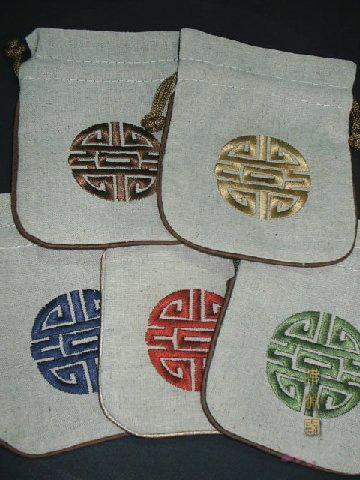 ユニークな中国風の小さな大きなリネンギフトバッグジュエリー袋巾着刺繍ラッキー包装装飾的な収納袋/ロット