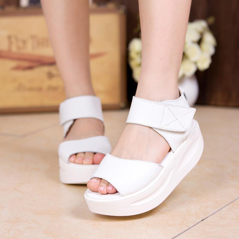 Wholesale Women Open Toe Flat Heel Sandals Roll Around High Heeled ...