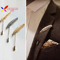 Wholesale- new hot men's brooches fashion vintage punk  designer metal feather party coctail costume pins accessories for women