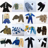 All'ingrosso-3 set Bambola Outfit Plug Suit inverno / vestito da combattimento uniforme dell'esercito / Leasure Wear Accessori moda per Barbie Doll Boy Ken