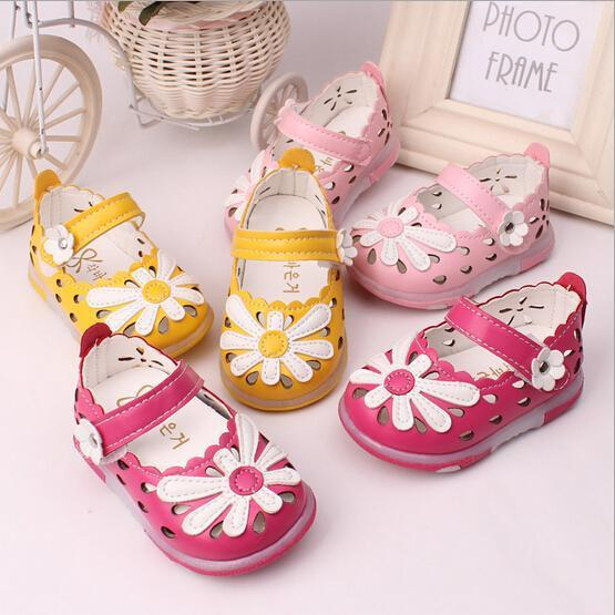 29b69813028 Wholesale 0 2 Years Old Baby Toddler Sandals Soft Soled Baby Shoes New  Summer Shoes With Flashing Lights Suit For Boys Amp Girls Children Dress  Shoes Girls ...