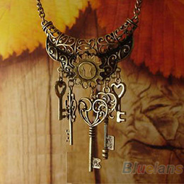Wholesale Elegant Vintage Necklaces Chain - Wholesale-2015 New hot fashion Vintage Elegant Key Rhinestone Bronze Chain Necklaces & Pendants 02O6
