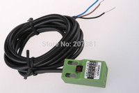 Wholesale Magnetic Proximity Sensors - Wholesale-FREE shipping 10pcs SN04-P 5mm Approach Sensor 10-30VDC PNP 3 Wires Inductive Proximity Switch*
