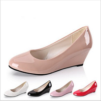 Wholesale-New 2015 Summer Women Wedges Chaussures Pointed Toe en cuir verni Nude Work Shoes Casual Women Pumps Wholesale Plus Size 35-40