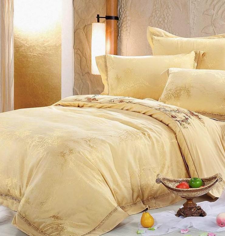 Wholesale Luxury White Silver Gold Silk Satin Bedspreads