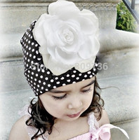 Wholesale Babies Beautiful Crochet - Wholesale-1PC Hot Fashion Christmas children hats kintted hats baby hats with beautiful pink flowers dot design crochet caps Drop Free