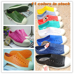 Wholesale blue jelly sandals - Wholesale-free shipping 2015 new Native jefferson hole summer jelly men male women lovers casual sandals female shoes 11 colors optional
