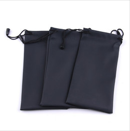 Wholesale Wholesale Eyeglass Pouch - Wholesale-50pcs lot Black Durable waterproof Dustproof plastic sunglasses pouch soft eyeglasses bag glasses case Eyewear Accessories