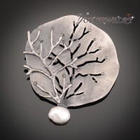 Atacado-2016 Moda Marca Vintage Court Style Jóias Hollower Tree Broches Broches Natural Stone Shell Pearl Frozen Brooch Pendant