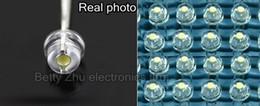 All'ingrosso-5000PCS / LOT bianco 5mm cappello di paglia LED perline lampada super luminoso LED big core diodi emettitori di luce (LED)