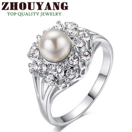 Pérolas austríacas on-line-Wholesale-Top Quality ZYR171 ZYR182 Elegant Imitation Pearl Crystal Ring 18K White Gold Plated Austrian Crystals Full Sizes Wholesale