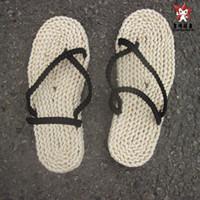 handgestrickte schuhe großhandel-Wholesale-10 Größe One Piece Cosplay Affe D Luffy Sandalen Stroh Schuhe Tatbeb Hausschuhe handgestrickte atmungsaktive Schuhe