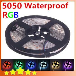 Miglior prezzo all'ingrosso! Striscia LED RGB impermeabile 5050 5M 300 fili SMD DC 12V Rosso Verde Blu Bianco Caldo Bianco Giallo Nastro luminoso a led da controller di gioco usb fornitori