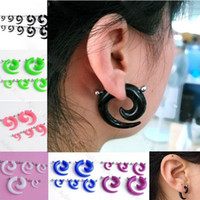 Espirales Al Por Mayor Baratos-Venta al por mayor-5PAIR FAKE Spiral Taper Sólido Transparente Acrílico Illusion Stud Ear Plug Cheater
