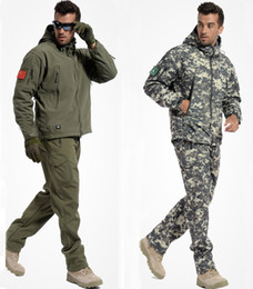 Wholesale Military Blue Jacket - Wholesale-Tactical Gear Shark Skin Softshell Outdoor Jacket& Military Pants Men Waterproof Army Camouflage Hoody Hunting Hiking Clothing