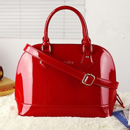 Wholesale red patent bags - Wholesale-New arrival fashion shell shaping Women's handbag , brand design patent leather fashion Bridal bag vintage women's evening