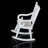 Miniatura Sillas Al Por Mayor Baratos-Al por mayor-Nuevo 2015 Brand New 1/12 Dollhouse Miniature Wooden Rocking Chair Model - Blanco Envío gratuito