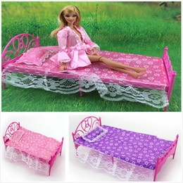 Wholesale Furniture For Dolls - Wholesale-Promotion Classical Dolls Furniture Set Dolls Bed Outfit Bed+Sheet+Pillow 3-Piece Set For Barbies Dolls Girl Nice Birthday Gift