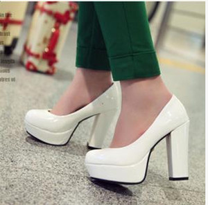Wholesale Fashion japanned leather high heeled shoes platform women s shoes thick heel princess shoes bridal shoes