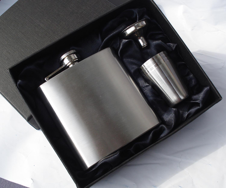 all'ingrosso pallone da 6 once in acciaio inox con 4 tazze e un imbuto in scatola regalo foderato di seta nera, set regalo, grasso