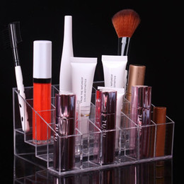 Бесплатная подставка для макияжа онлайн-Fantastic 24 Trapezoid Clear Acrylic Lipstick Holder Brushes Makeup Stand  Cosmetic Organizer Display Rack Free Shipping