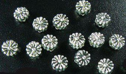 Wholesale 5mm Flower Beads - 900pcs Alloy Metal Tibetan silver tiny flower spacer beads 5mm A499