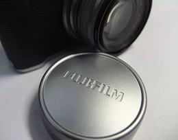 casquillos centrales a presión Rebajas FUJIFILM Fuji X10 X20 X30 Tapa de la tapa de la tapa de la tapa de la lente de metal original de aluminio