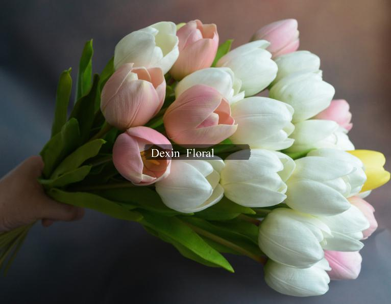 2018 natural real touch flowers 20 pinkwhite tulips for bridal 2018 natural real touch flowers 20 pinkwhite tulips for bridal bouquets wedding decoration centerpieces from quintin 7934 dhgate mightylinksfo