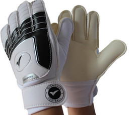 Wholesale Football Glove Sizing - Various Size 3 4 5 6 7American Football Gloves Soccer goalkeeper gloves for kids Children 's professional sports protection