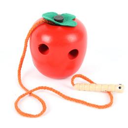 2019 córrego verme brinquedos Miúdos desenvolventes de madeira bonitos brincam brinquedos de madeira de Apple Caterpillar / jogo da coordenação do sem-fim córrego verme brinquedos barato