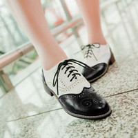 Wholesale Vintage Shoes Sale - 2015 hot sale Fashion vintage carved woman leisure shoes ,lacing oxford shoes for woman,white and black oxofrd shoes