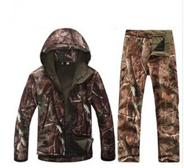 Wholesale Winter Camouflage Clothing Hunting - 2015 new Winter Waterproof Camouflage Hunting Clothing,Hunting Camo Jacket and Hunting Pants Free shipping