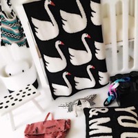 Wholesale Wool Knitting Patterns Children - Wholesale-2015 New INS Hot sales Brand 100% Cotton swan Pattern Blanket For Bedding Swan Child knitted baby cobertor