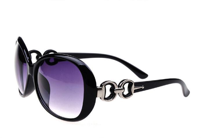efefdf492 Compre 2015 Gafas De Sol De Las Mujeres De La Manera De Lujo Polarizado  Gafas De Sol De Mujer De Verano Gafas De Sol De La Vendimia Gafas De Sol Al  Aire ...