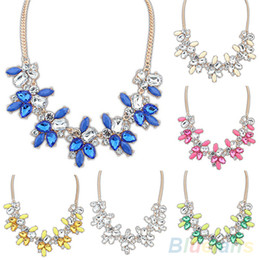 Vente en gros Colliers et pendentifs Fashion Party brillant Crystal Drop résine Flower Statement Choker bib collier 01UC