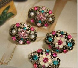 Wholesale 4g Earrings - Wholesale-Earrings accessories vintage cutout multi-colored rhinestone crystal flower stud earring for women 4g