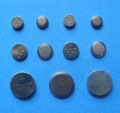 pilhas botão atacado fábrica de CR1216 3V lítio para relógios chave do carro de controle remoto