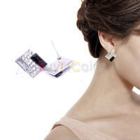 Al por mayor-DealBox Aprobando! 1 par de moda Diamond Plaza Negro Blanco Acero inoxidable Stud Earring práctica!