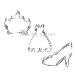 Wholesale High Heel Cookie Cutter - Wholesale-Princess 3 sets Cookie cutter Crown dree High-heeled shoes Fruit cutter Decorating tools stainless steel cutter Free shipping