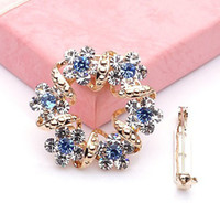 Wholesale Korean Clip Brooches - Wholesale-So beautiful New Arrival Korean Brooch Jewelry Luxury Rhinestone Garland Scarf Clip Brooches Pin up For Women Lady Hot