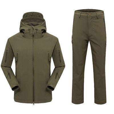 Atacado-Ao Ar Livre Camuflagem casaco macio À Prova D Água respirável jaqueta Homem Camping caça pesca roupas de inverno Casaco e Calça Ternos