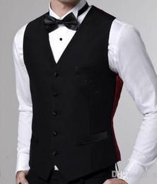 Venta al por mayor-Back Vent Negro Dos botones Peak Lapel Groom Tuxedos / Jacket + Pants + Vest + tie Formal Prom desde fabricantes