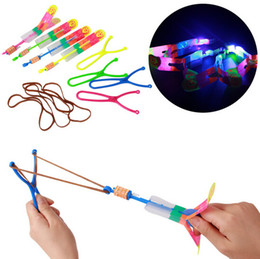 Wholesale Toy Rocket Parachute - Wholesale-LED Light Up Amazing Flying Sling Arrow Helicopter Rocket Parachute Umbrella Frisbee Children Outdoor Play Toy