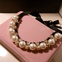 Gros-2 Couleur Colliers Multi-Couches Collier Couleur Or Vintage Crystal Pearl Robe courte Ribbon Black Fashion Collares pour les femmes