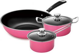 Potes de cozinha de qualidade on-line-Atacado-Alta Qualidade Conjunto De Cozinha Nova 3 Peças Pote E Panela Conjunto De Panelas De Cerâmica Antiaderente Conjunto Rosa Frete Grátis
