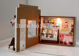 $enCountryForm.capitalKeyWord Canada - Wholesale-Dollhouse Miniature DIY Kit Cake Love Bakery Bread Store Shop Model Light NIB for christmas gift Valentine's Day gift