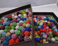 Atacado-10mm 100pcs / lot branco preto azul Mixed color Micro Pave CZ Disco Ball Beads Crystal Shamballa Bead Pulseira Neacklace Spacer