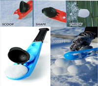 Wholesale Winter Fun Toy SnowBall Thrower Snowball Maker Snow Ball scooper slinger Snow Chuck Snowball Launcher for Winter Battle Kids Toy